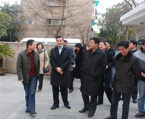 宁夏银川市兴庆区政府教育考察团来我校考察