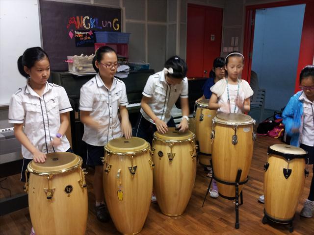 新加坡游学报道之十二:感受马来西亚传统乐器--校内